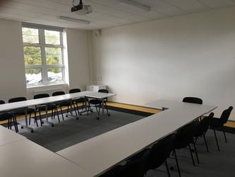 Conference Room - The Park Community School - Devon - 3 - SchoolHire