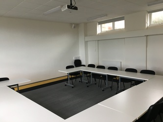 Conference Room - The Park Community School - Devon - 4 - SchoolHire