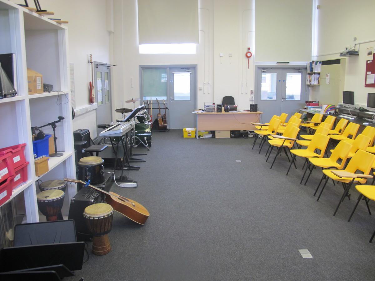 Music Room 1 - The Park Community School - Devon - 3 - SchoolHire