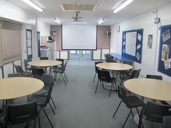Classroom - Carter Community School - Poole - 1 - SchoolHire