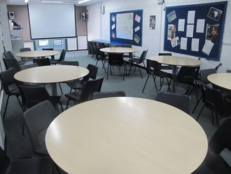 Classroom - Carter Community School - Poole - 3 - SchoolHire