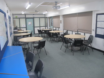 Classroom - Carter Community School - Poole - 4 - SchoolHire