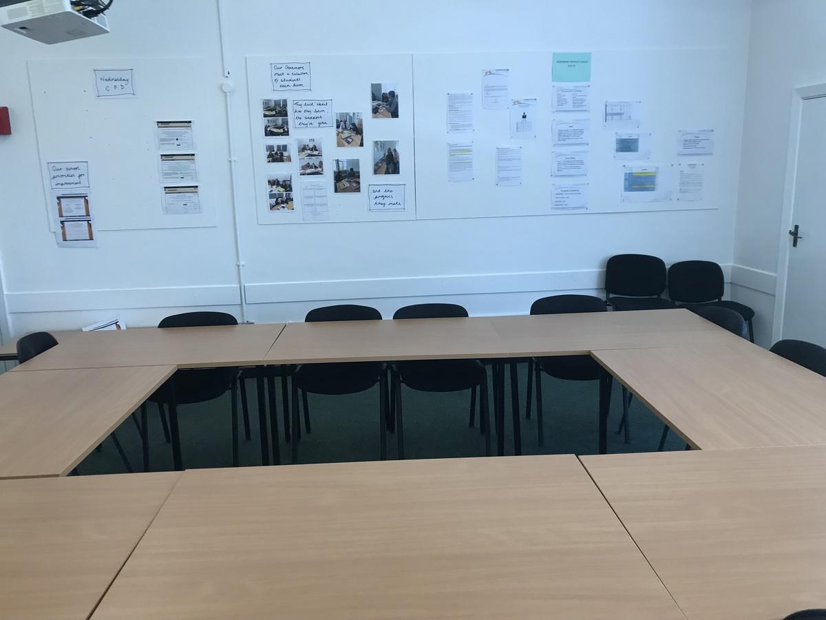 Meeting Room - A11 - Farringdon Community Academy - Sunderland - 4 - SchoolHire