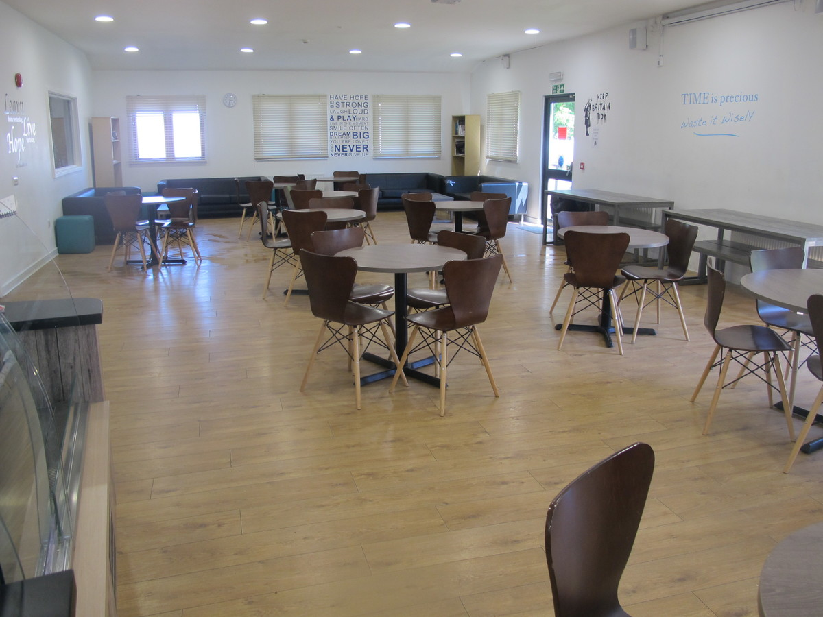 6th Form Common Room - Davenant Foundation School - Essex - 1 - SchoolHire