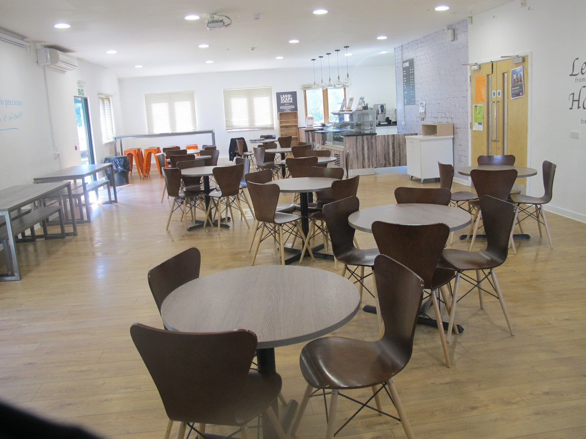 6th Form Common Room - Davenant Foundation School - Essex - 3 - SchoolHire