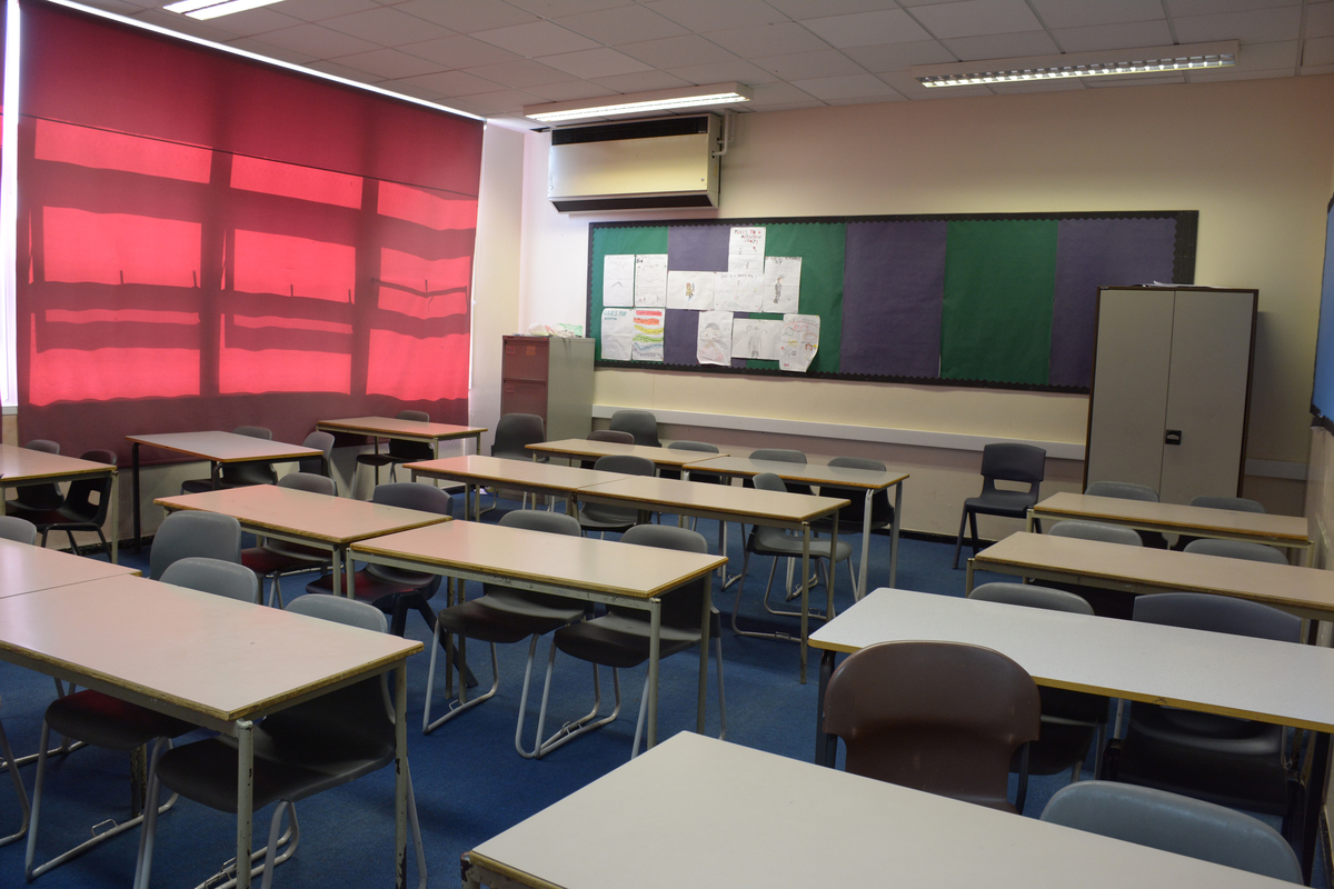 Classrooms - Standard - Davenant Foundation School - Essex - 3 - SchoolHire