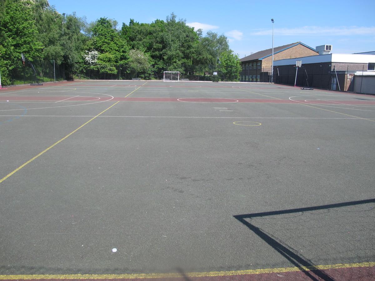 MUGA - Davenant Foundation School - Essex - 3 - SchoolHire