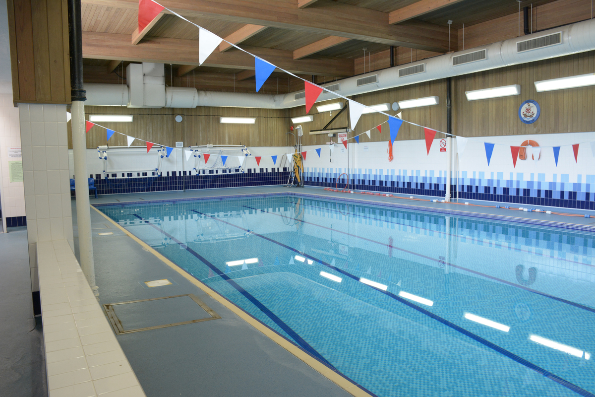 Swimming Pool At Davenant Foundation School For Hire In