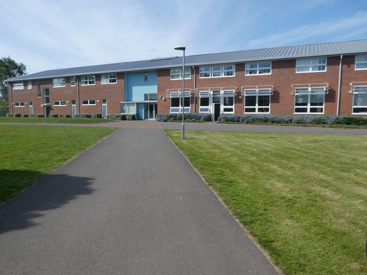 Cromwell Community College - Cambridgeshire - 4 - SchoolHire