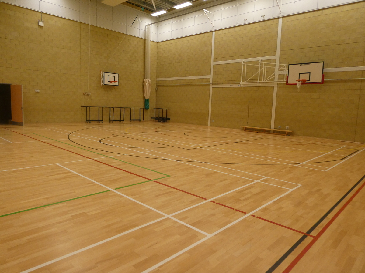 Sports Hall (main hall) - Cromwell Community College - Cambridgeshire - 2 - SchoolHire