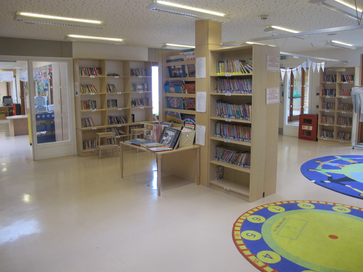 Library - Krishna Avanti (Harrow) Primary School - Harrow - 1 - SchoolHire