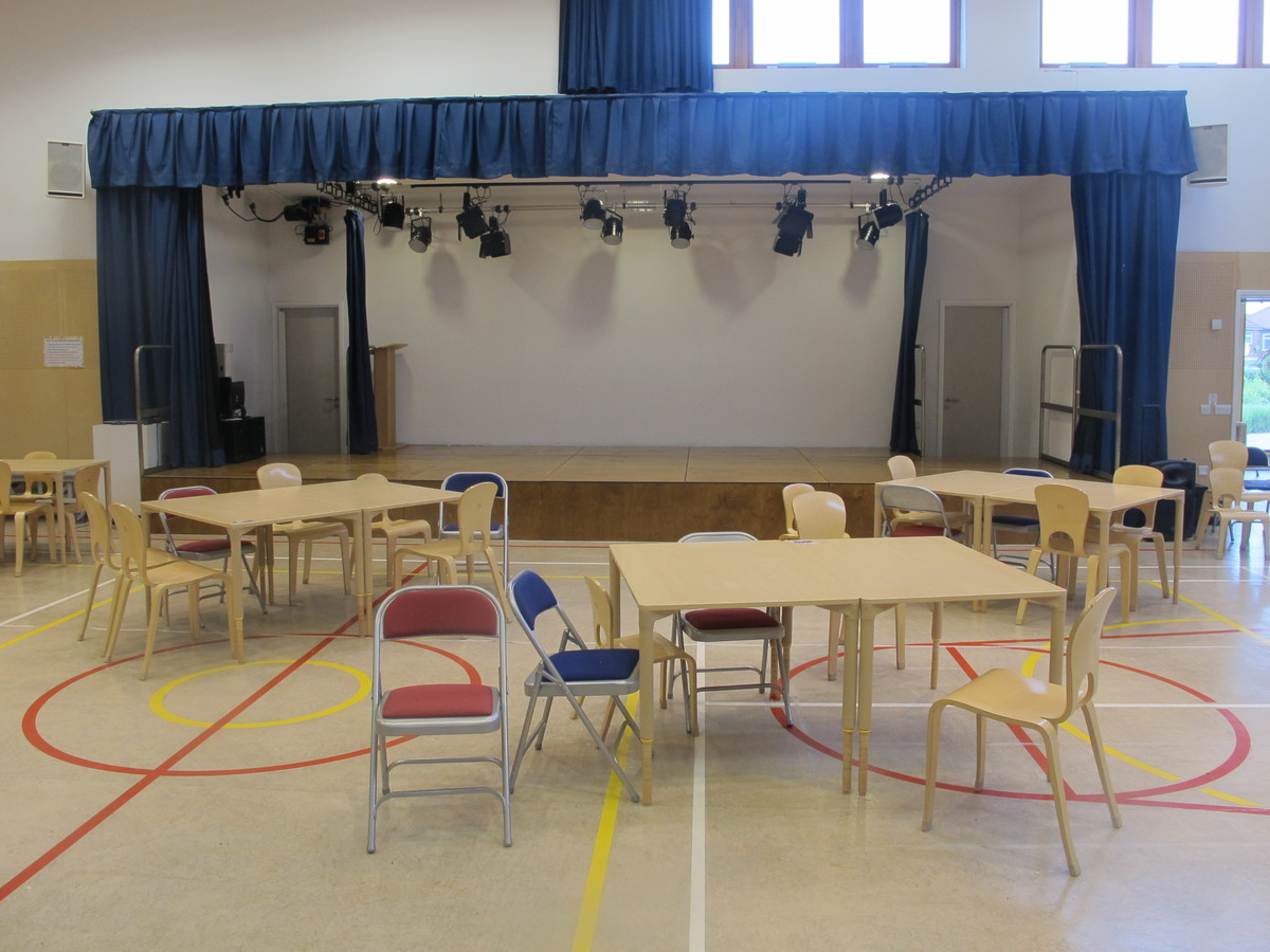 Main Hall - Krishna Avanti (Harrow) Primary School - Harrow - 4 - SchoolHire