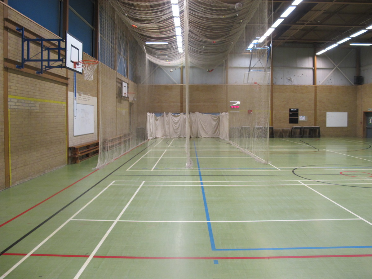 Sports Hall - Toynbee School - Hampshire - 2 - SchoolHire