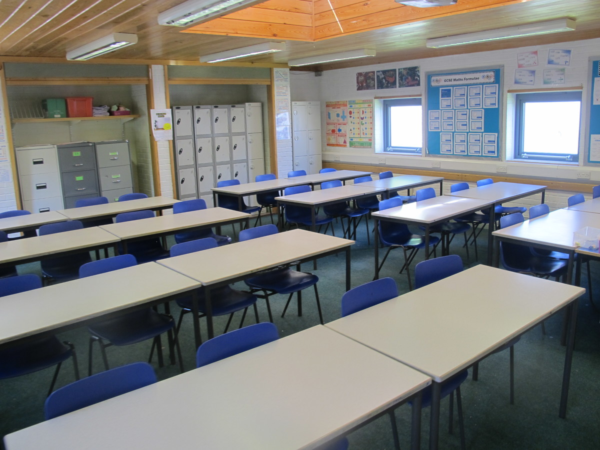 Classrooms - M Block - Toynbee School - Hampshire - 2 - SchoolHire