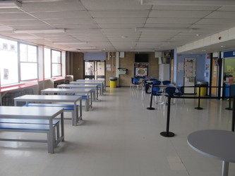 Dining Room - Toynbee School - Hampshire - 2 - SchoolHire
