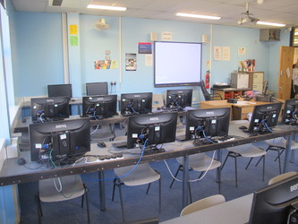 IT Suite 3 - Toynbee School - Hampshire - 1 - SchoolHire