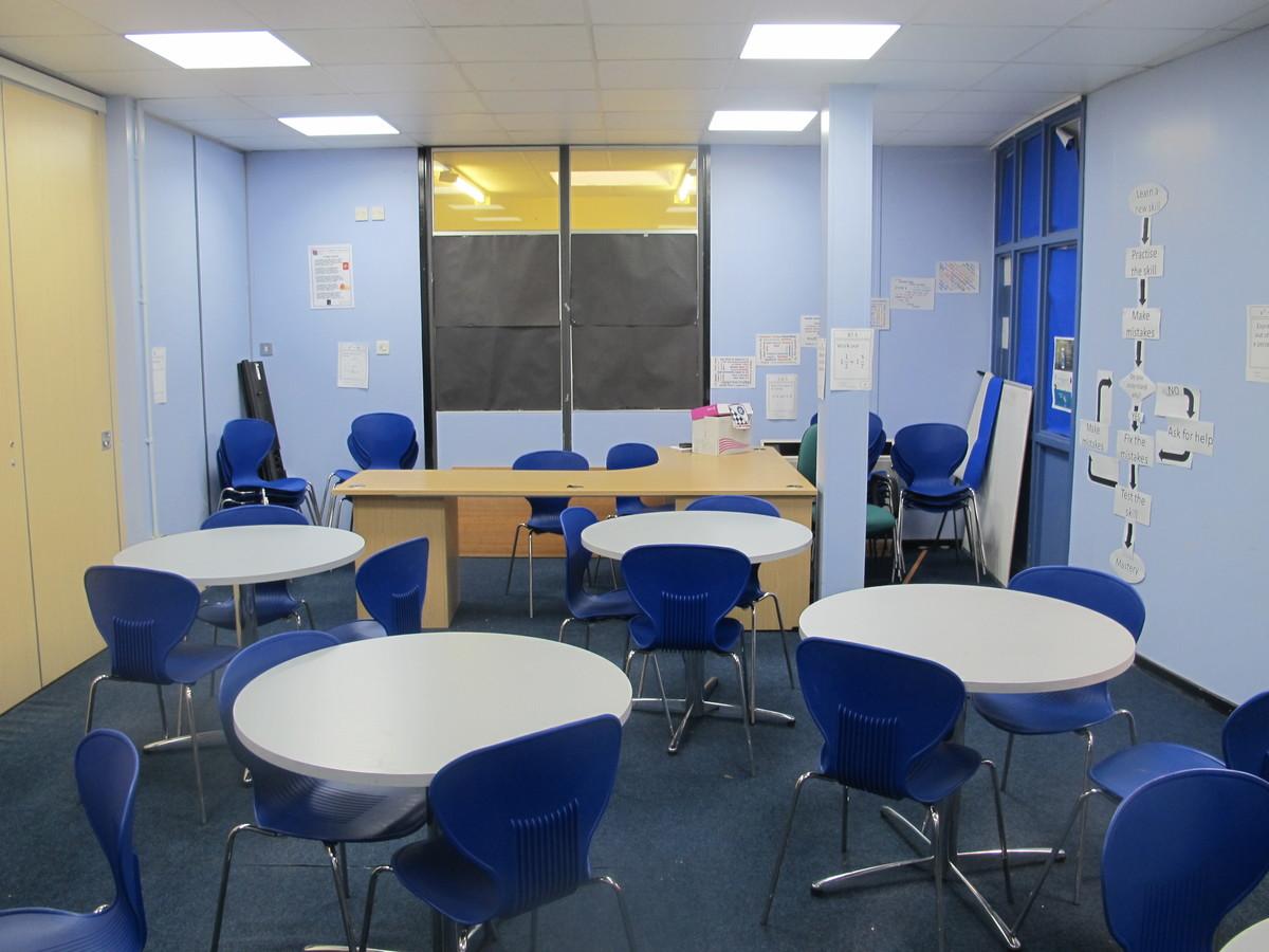 Meeting Room - Toynbee School - Hampshire - 1 - SchoolHire