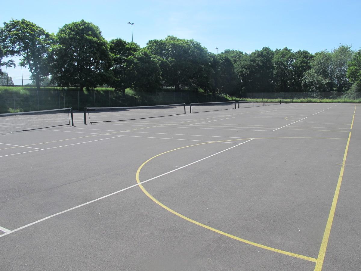MUGA - Tennis / Netball - Toynbee School - Hampshire - 3 - SchoolHire