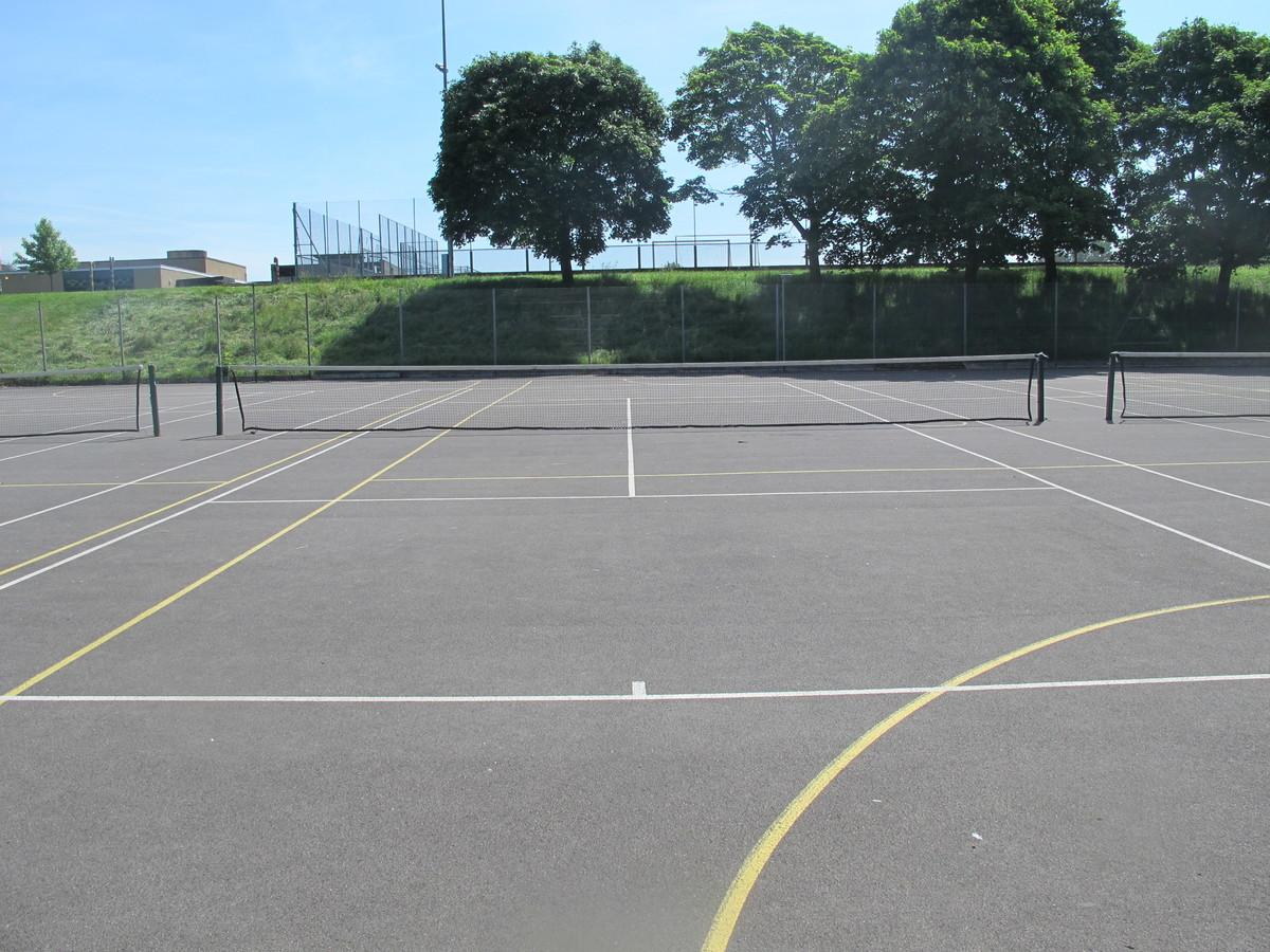 MUGA - Tennis / Netball - Toynbee School - Hampshire - 4 - SchoolHire