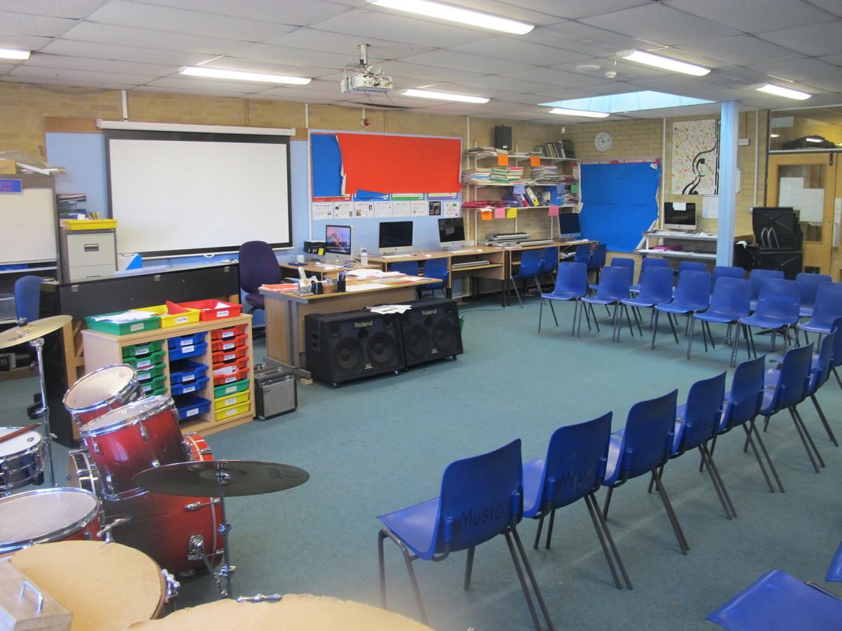 Music Room - Toynbee School - Hampshire - 1 - SchoolHire
