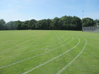 School Field - Pitch / Athletics - Toynbee School - Hampshire - 2 - SchoolHire