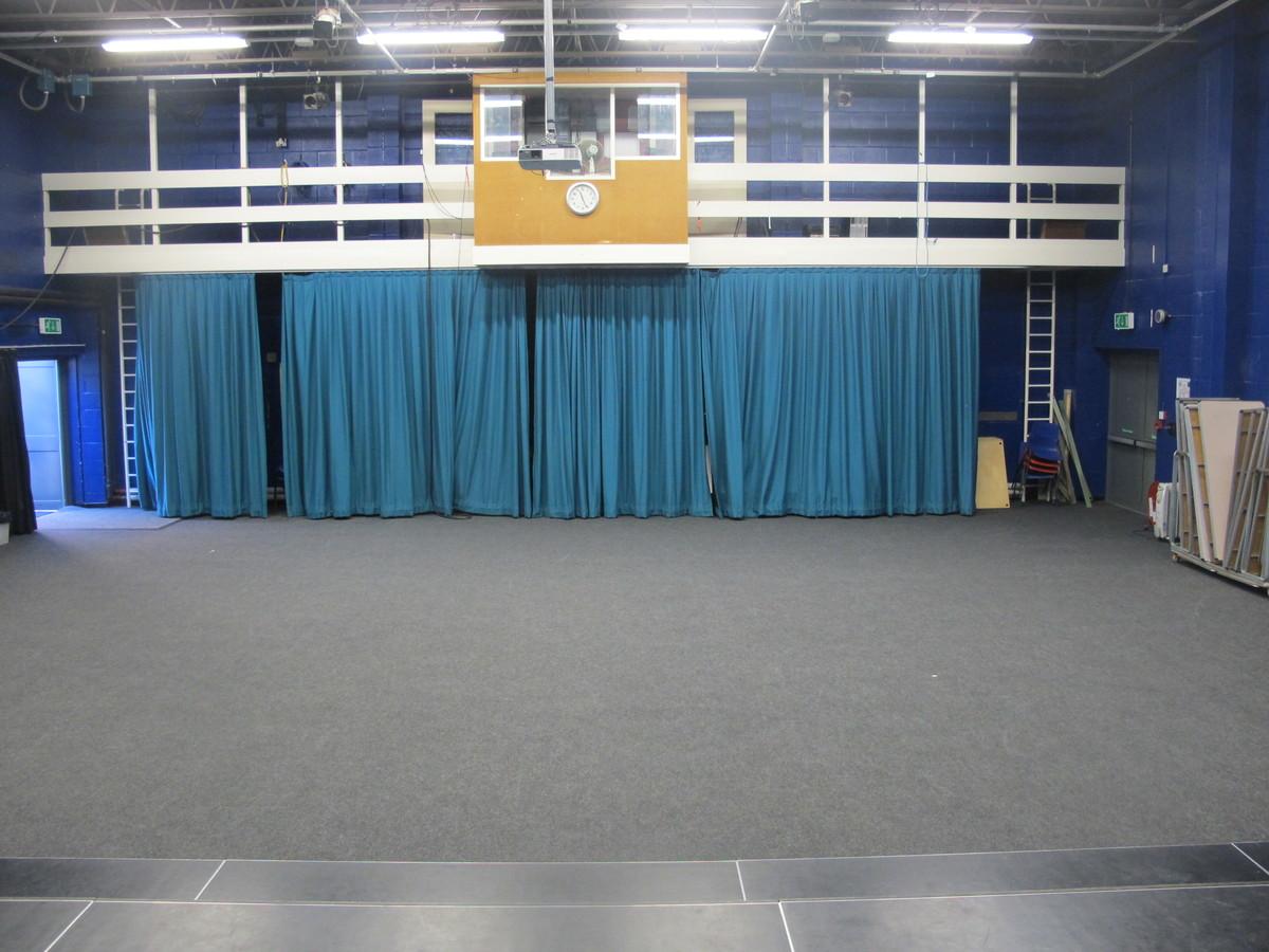 Theatre - Toynbee School - Hampshire - 2 - SchoolHire