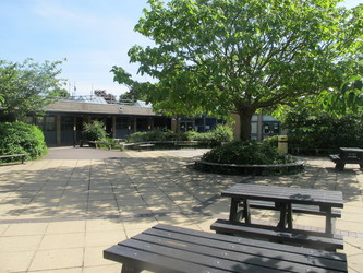 Toynbee School - Hampshire - 4 - SchoolHire