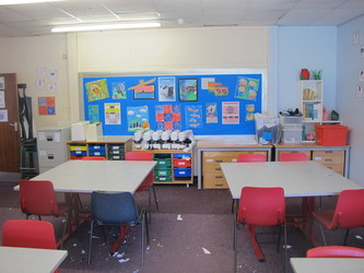 Sewing Room - Toynbee School - Hampshire - 3 - SchoolHire