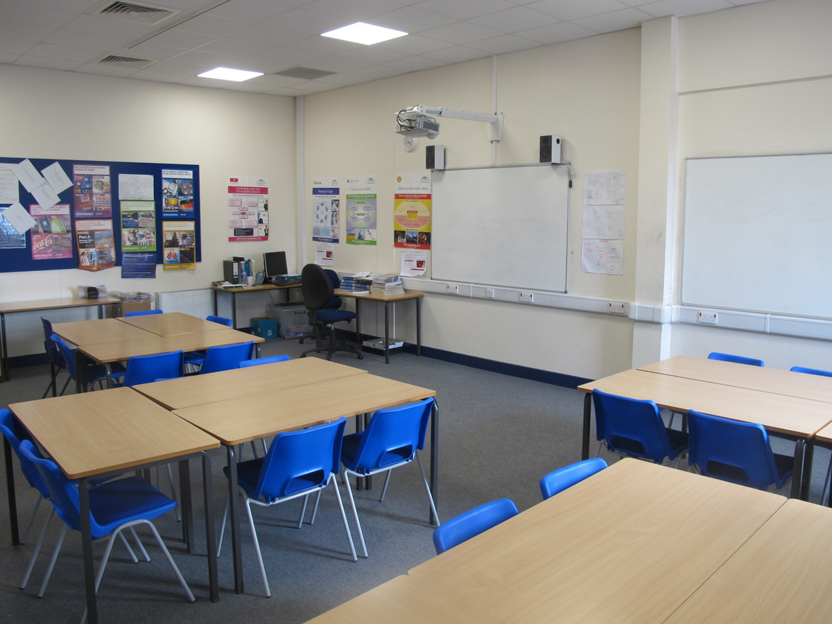 Classrooms - Standard - Notley High School & Braintree Sixth Form - Essex - 1 - SchoolHire