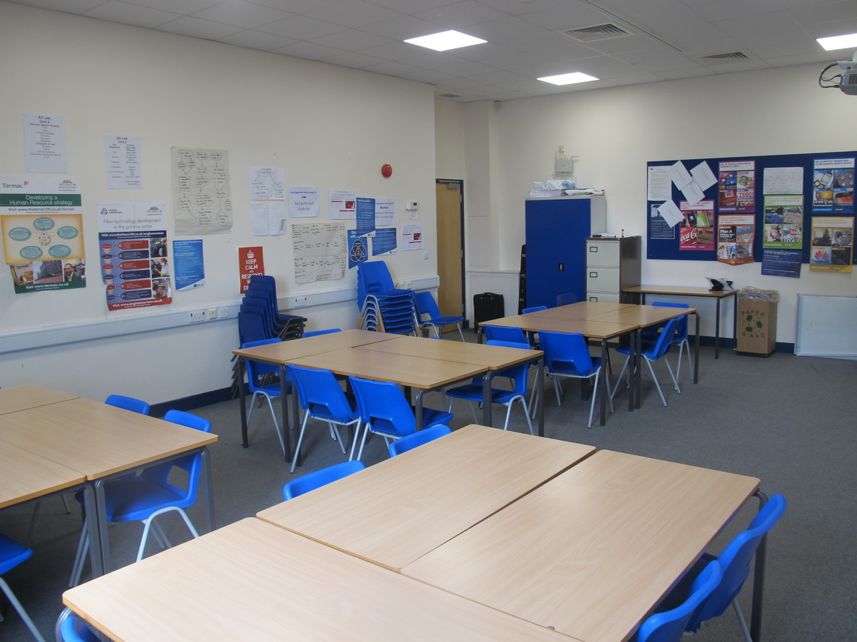 Classrooms - Standard - Notley High School & Braintree Sixth Form - Essex - 2 - SchoolHire