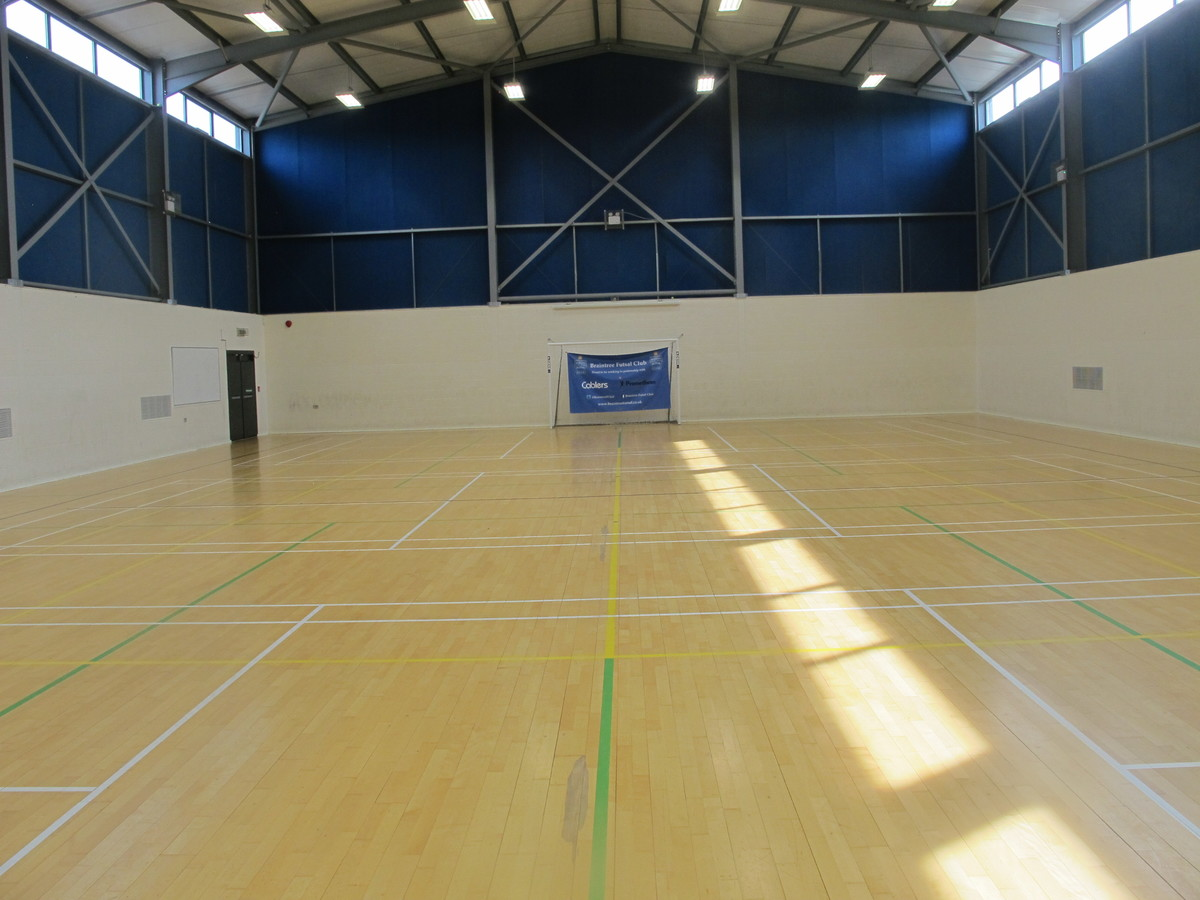 Sports Hall - Fitness Centre - Notley High School & Braintree Sixth Form - Essex - 2 - SchoolHire