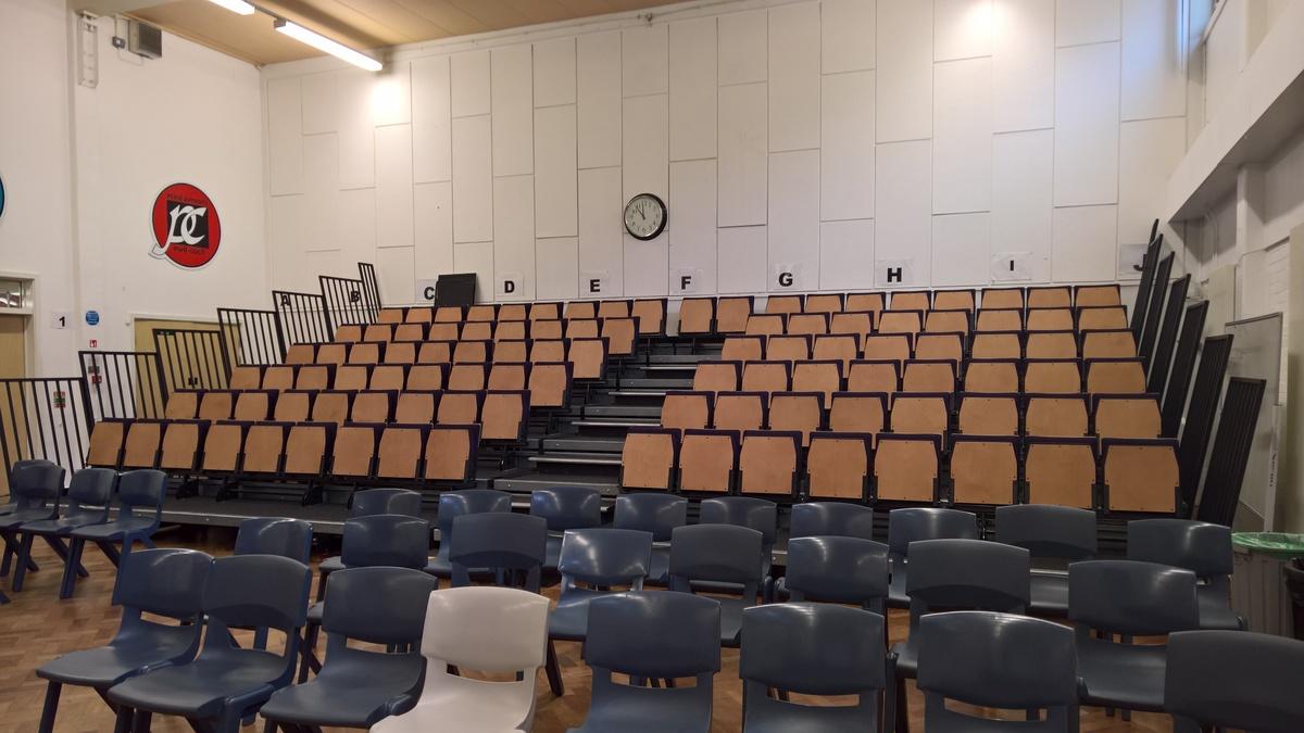 Prif Neuadd / Main Hall - Ysgol Gyfun Gymraeg Plasmawr - Cardiff - 3 - SchoolHire