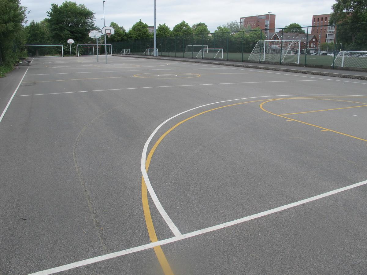Outdoor Court - Manchester Academy - Manchester - 1 - SchoolHire