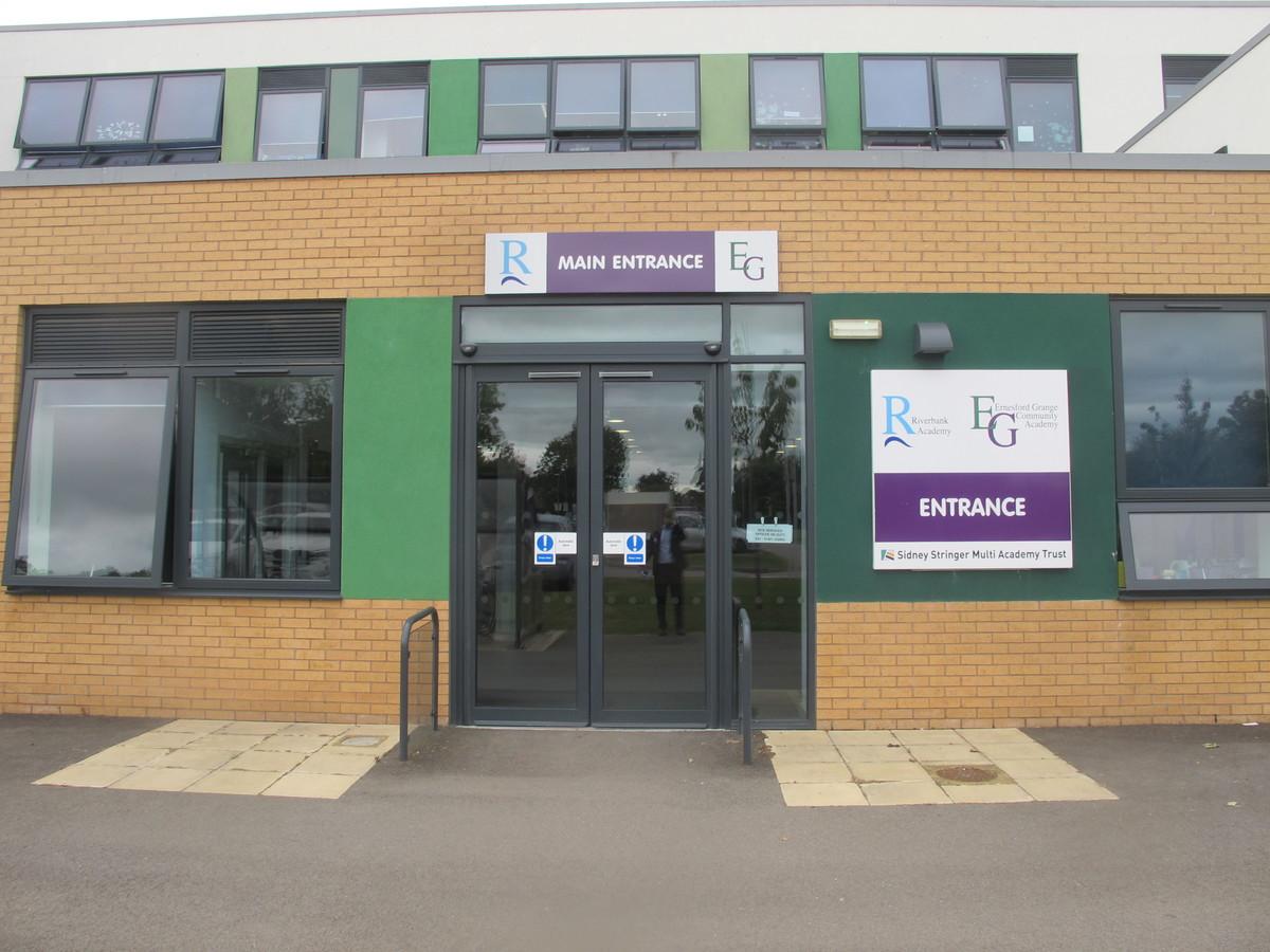Ernesford Grange & Riverbank Academy - Coventry - 1 - SchoolHire