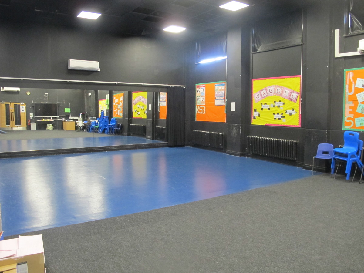 Dance Studio - Preston Manor School - Brent - 1 - SchoolHire