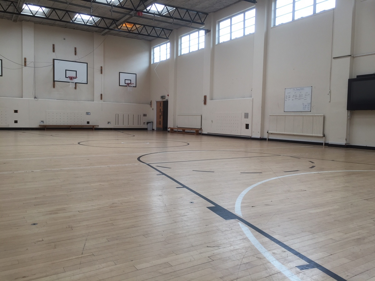 Gymnasium - Preston Manor School - Brent - 1 - SchoolHire
