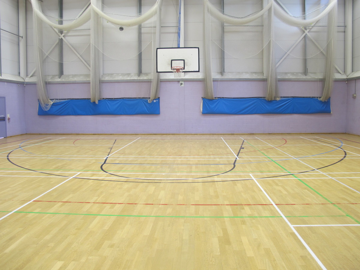 Sports Hall - Preston Manor School - Brent - 3 - SchoolHire