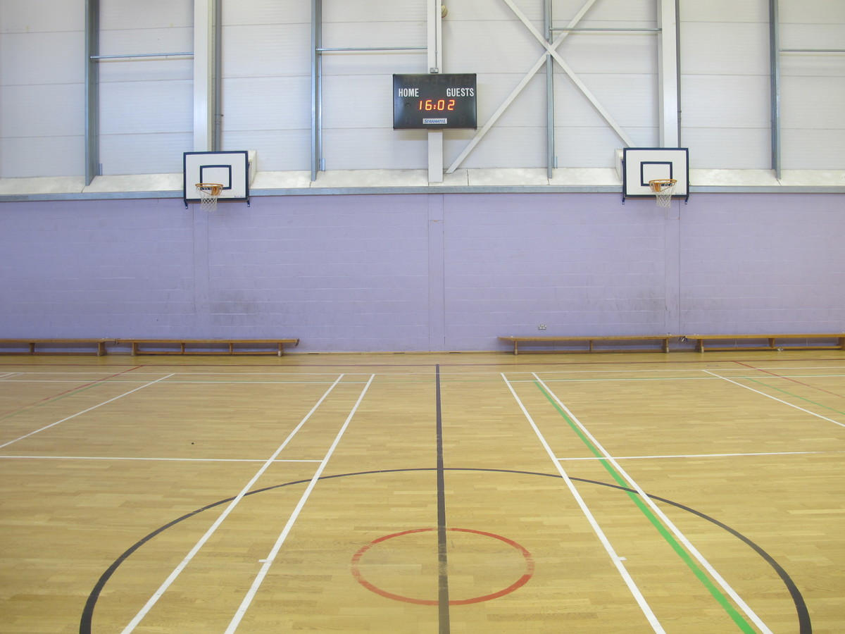 Sports Hall - Preston Manor School - Brent - 4 - SchoolHire