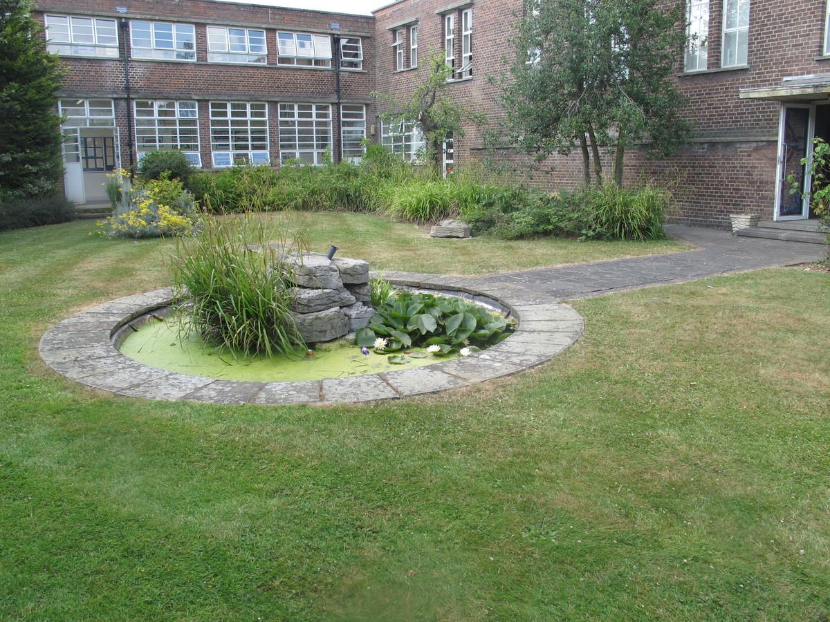 Main Hall - Preston Manor School - Brent - 4 - SchoolHire