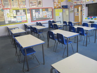 Classrooms - P Block - Preston Manor School - Brent - 3 - SchoolHire