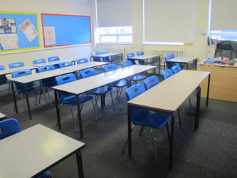 Classrooms - M Block - Preston Manor School - Brent - 3 - SchoolHire