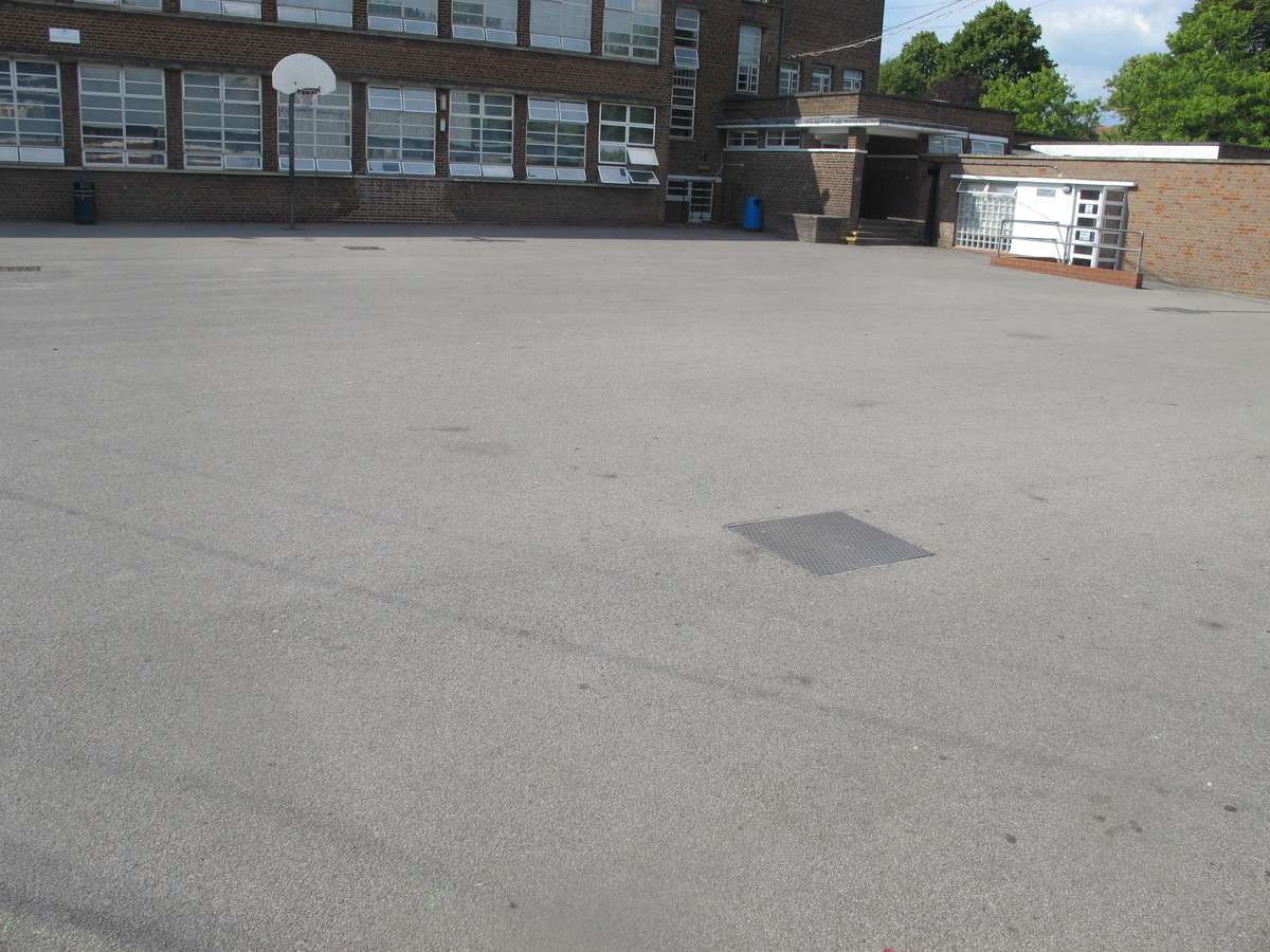 Car Park - Preston Manor School - Brent - 4 - SchoolHire