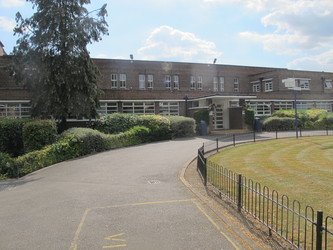 Deposits - Preston Manor School - Brent - 1 - SchoolHire