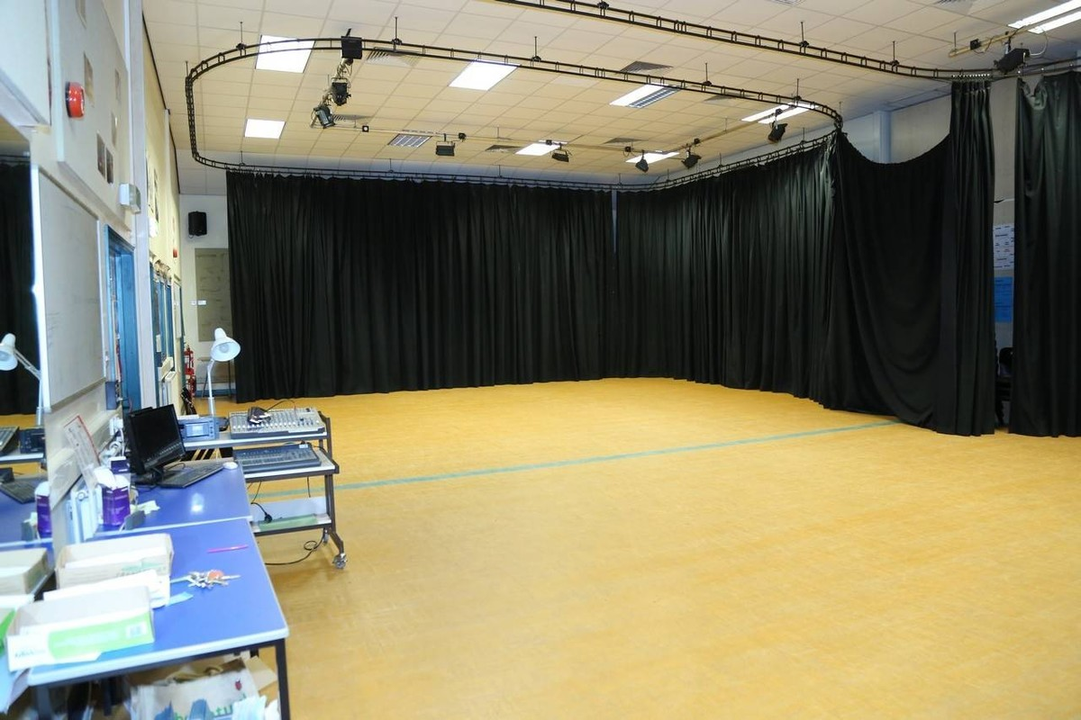 Drama & Dance Studio - Paignton Community and Sports Academy - Devon - 3 - SchoolHire