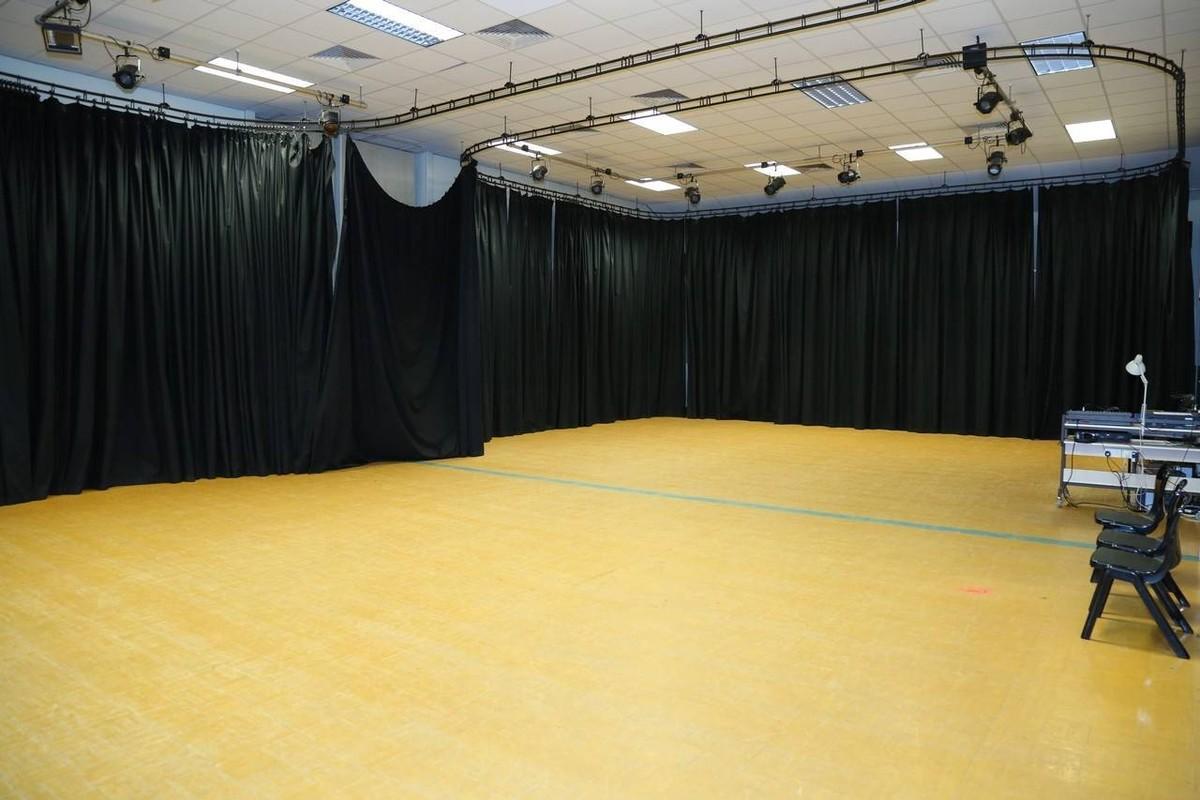 Drama & Dance Studio - Paignton Community and Sports Academy - Devon - 4 - SchoolHire