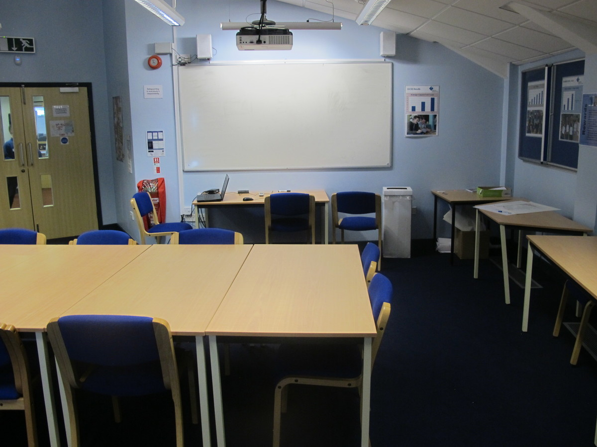 Meeting Room - AV - Paignton Academy - Devon - 4 - SchoolHire