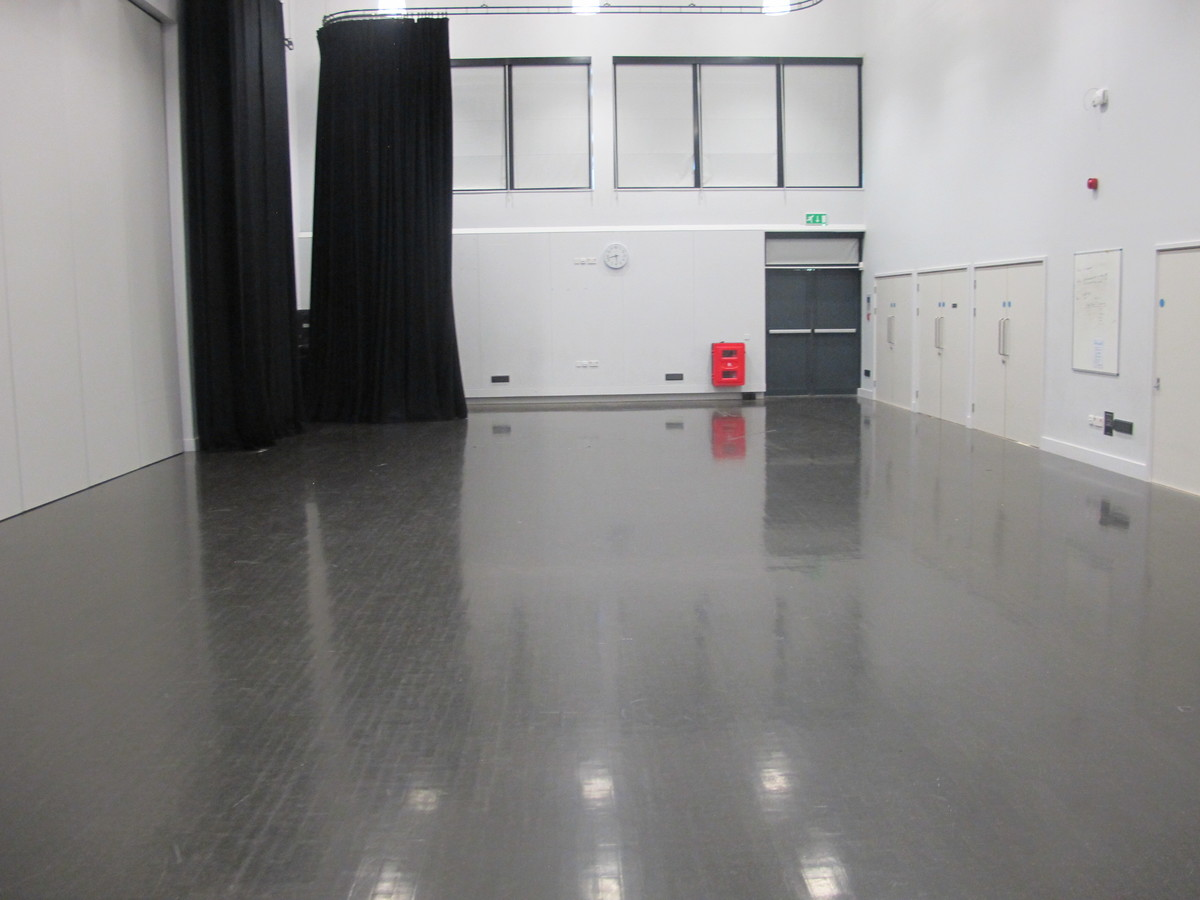 Dance Studio - Bideford College - Devon - 4 - SchoolHire