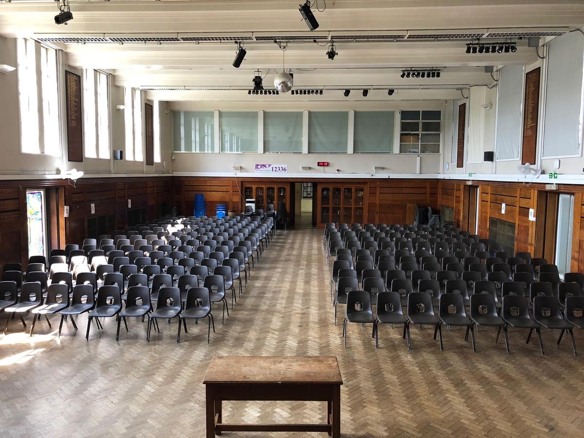 Main Hall - Preston Manor School - Brent - 3 - SchoolHire