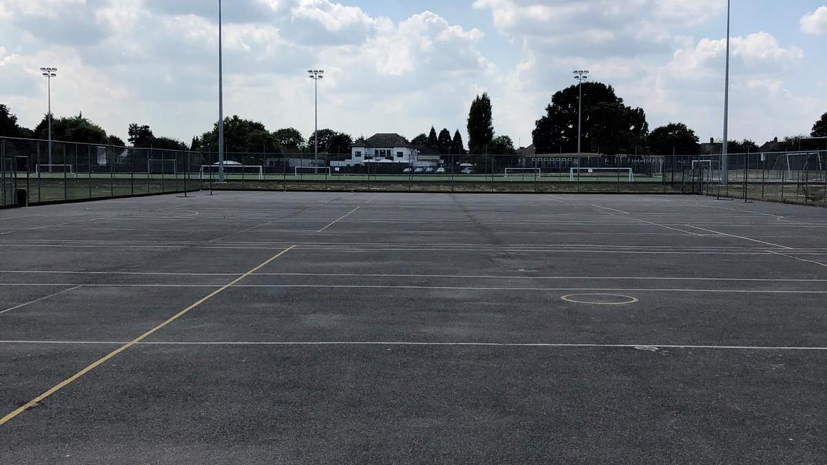 Outdoor Netball Court - Preston Manor School - Brent - 2 - SchoolHire
