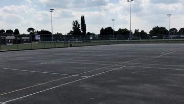 Outdoor Netball Court - Preston Manor School - Brent - 4 - SchoolHire